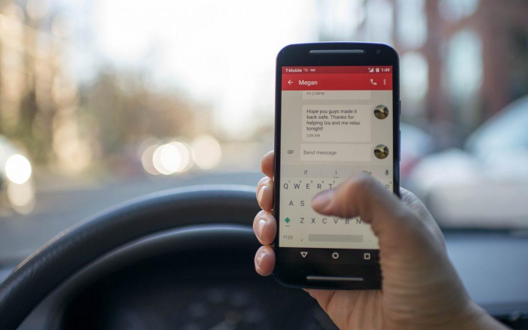 Atenție la telefon: despre noua lege care vizează utilizarea dispozitivelor mobile